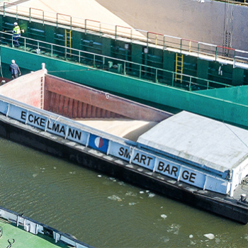 "Pressemitteilung: Tradition mit Innovation ""SMART BARGE"""